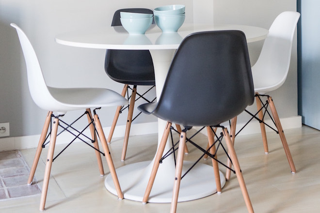 Chaises type EAMES